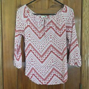 Patterned flowy blouse